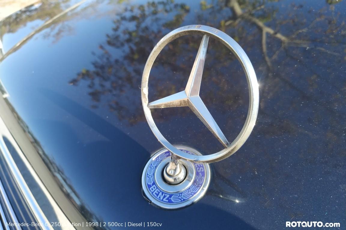 Carro_Usado_Mercedes-Benz_C_250_Station_1998_2500_Diesel_32_high.jpg