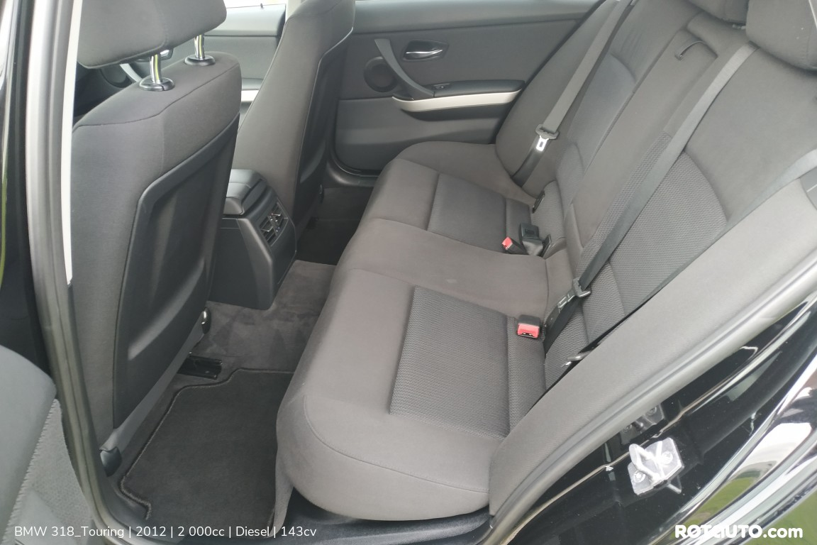 Carro_Usado_BMW_318_Touring_2012_2000_Diesel_11_high.jpg