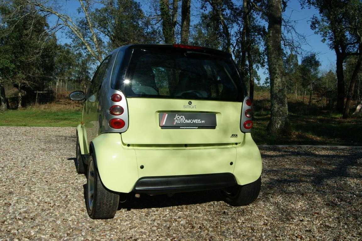 Carro_Usado_Smart_Fortwo_2004_698_Gasolina_3.jpg