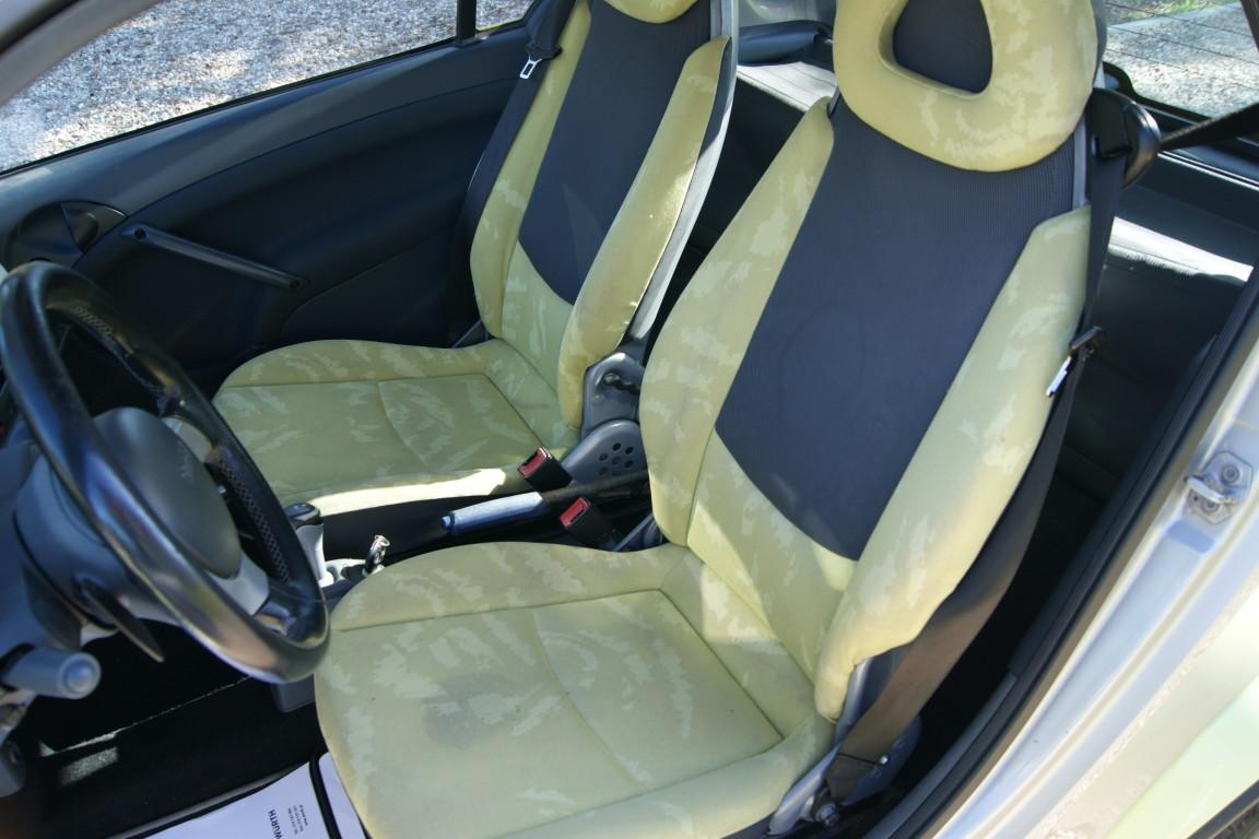 Carro_Usado_Smart_Fortwo_2004_698_Gasolina_7.jpg