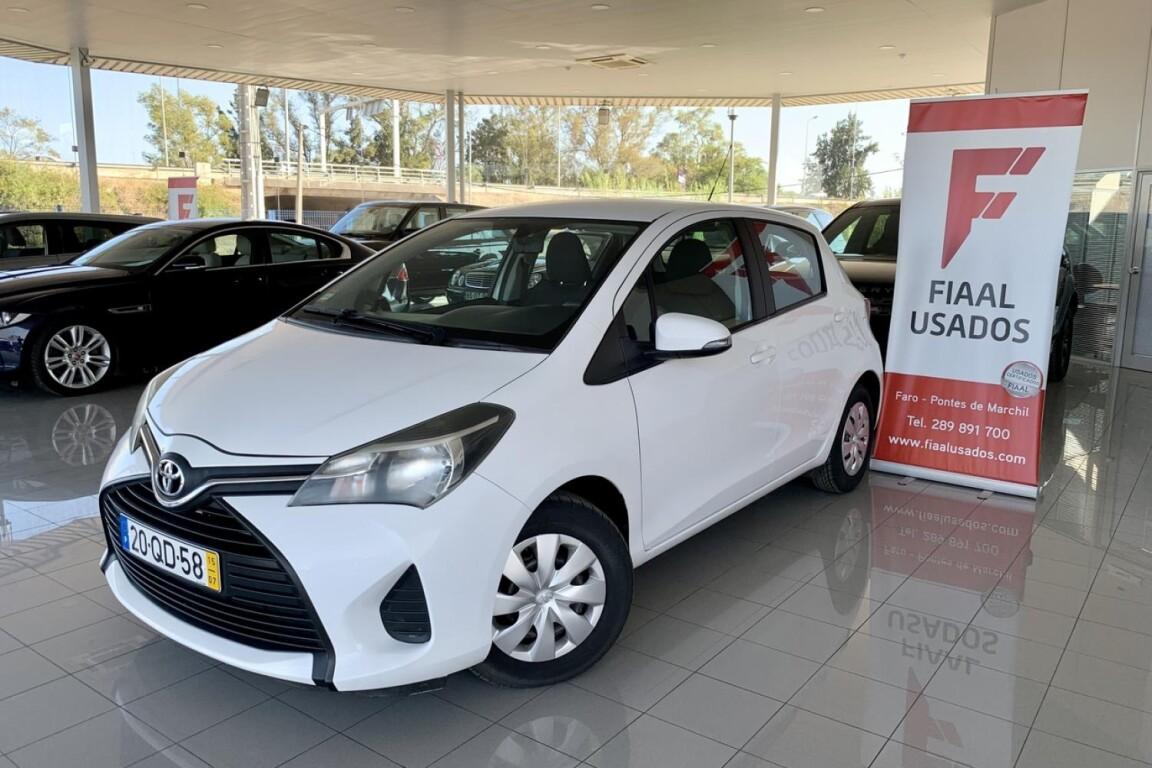 Carro_Usado_Toyota_Yaris_2015_998_Gasolina_principal.jpg