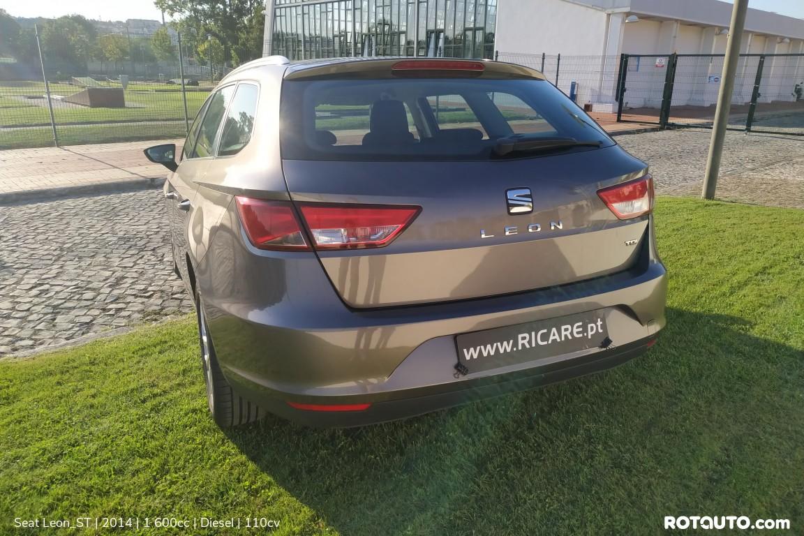 Carro_Usado_Seat_Leon_ST_2014_1600_Diesel_6_high.jpg