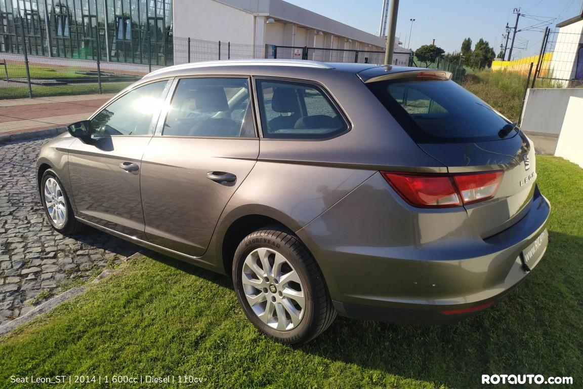 Carro_Usado_Seat_Leon_ST_2014_1600_Diesel_7_high.jpg