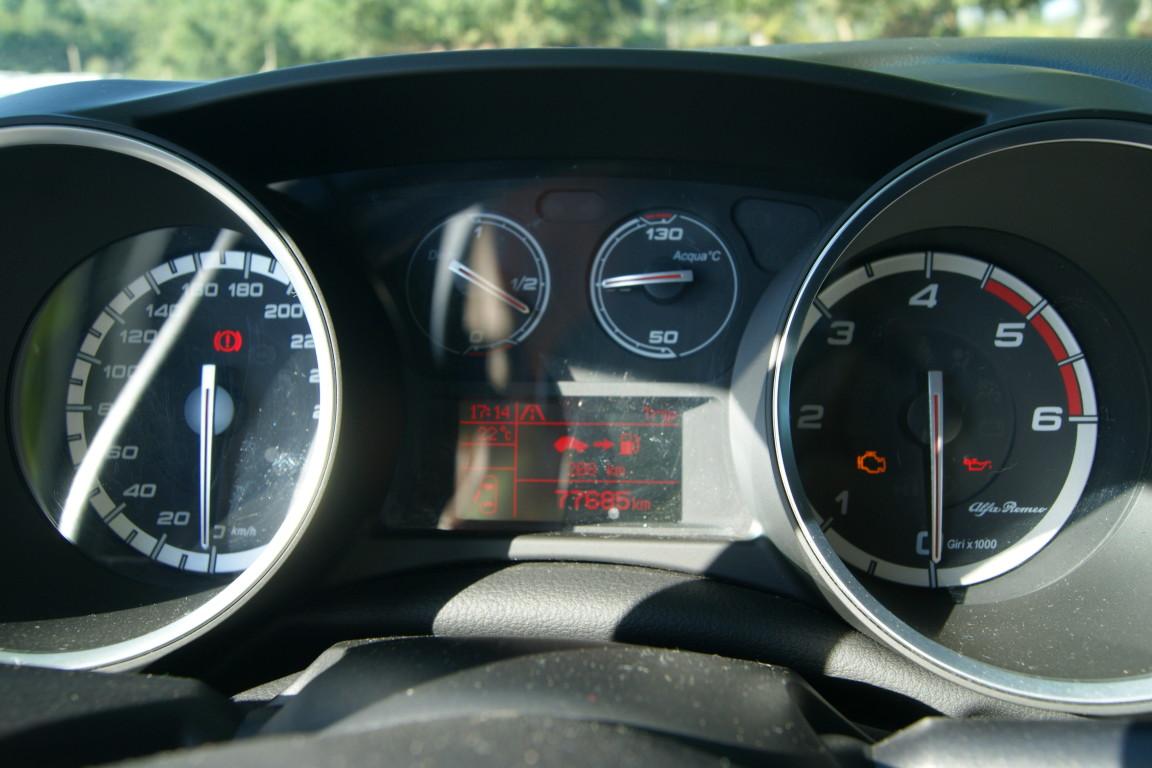 Carro_Semi-novo_Alfa_Romeo_Giulietta_2015_1598_Diesel_7.jpg