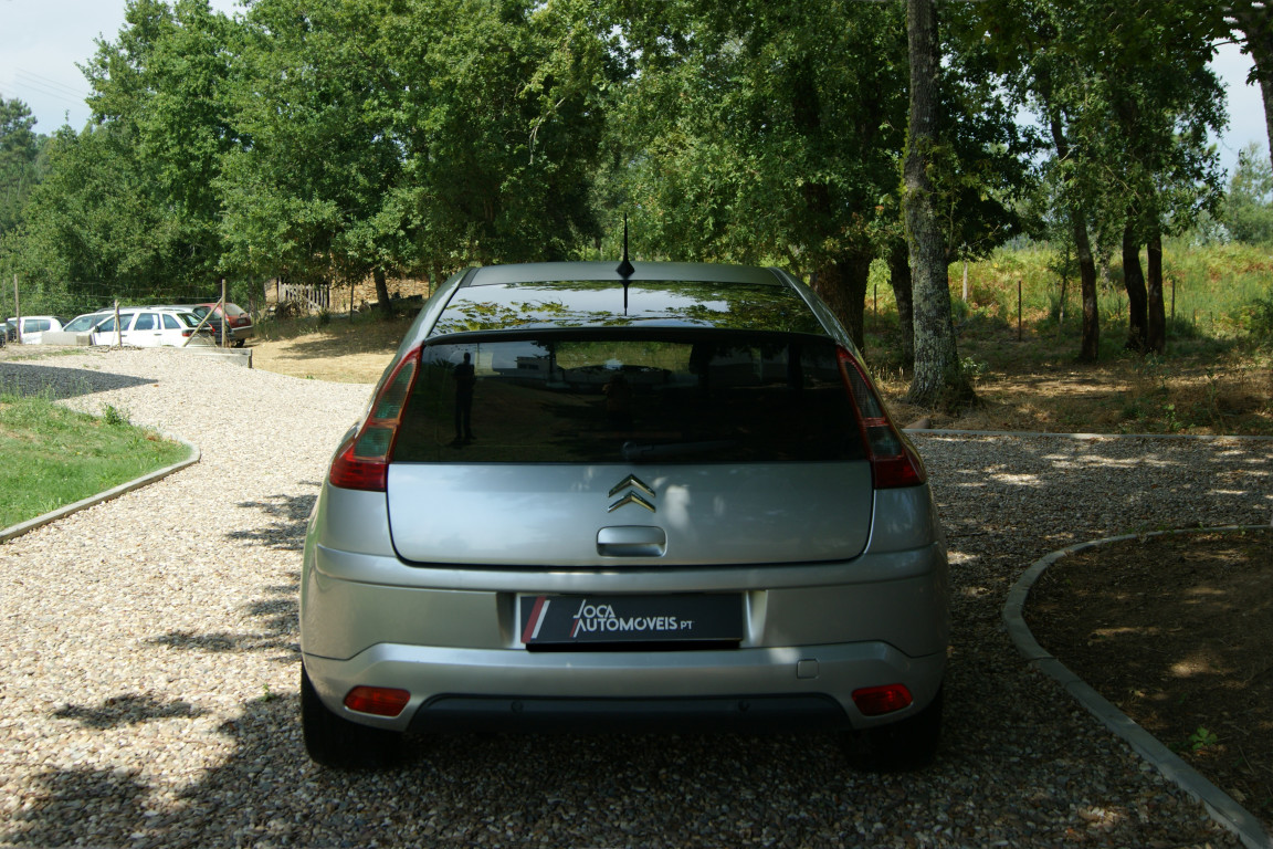 Carro_Usado_Citroen_C4_Coupe_2006_1560_Diesel_12.jpg