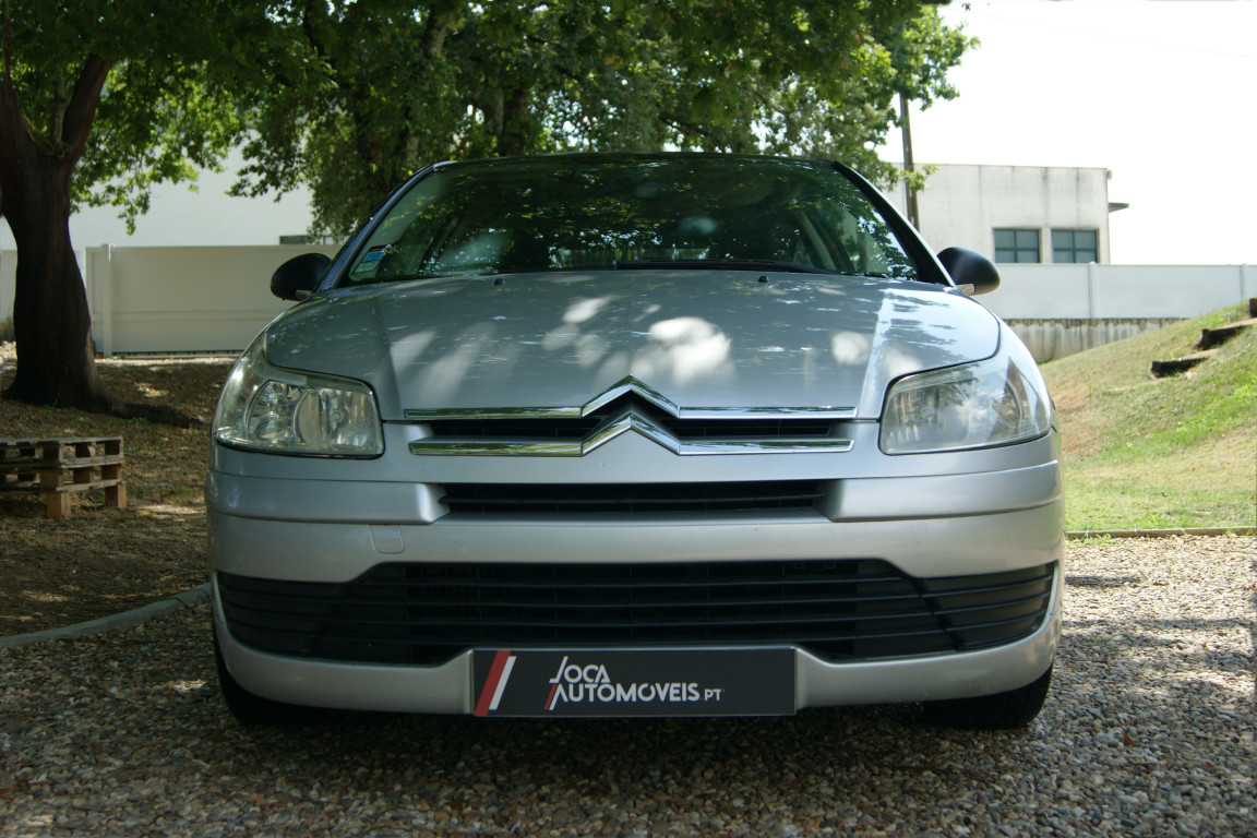 Carro_Usado_Citroen_C4_Coupe_2006_1560_Diesel_3.jpg