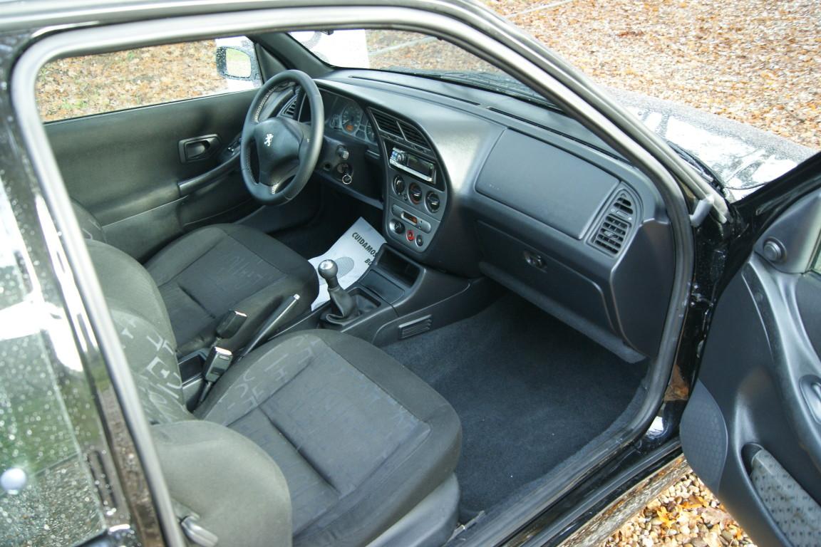 Carro_Usado_Peugeot_306_1999_1997_Diesel_10.jpg