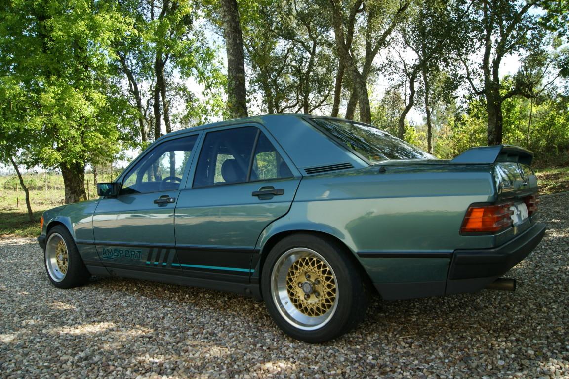 Carro_Usado_Mercedes-Benz_190_E_1984_1997_Gasolina_17.jpg