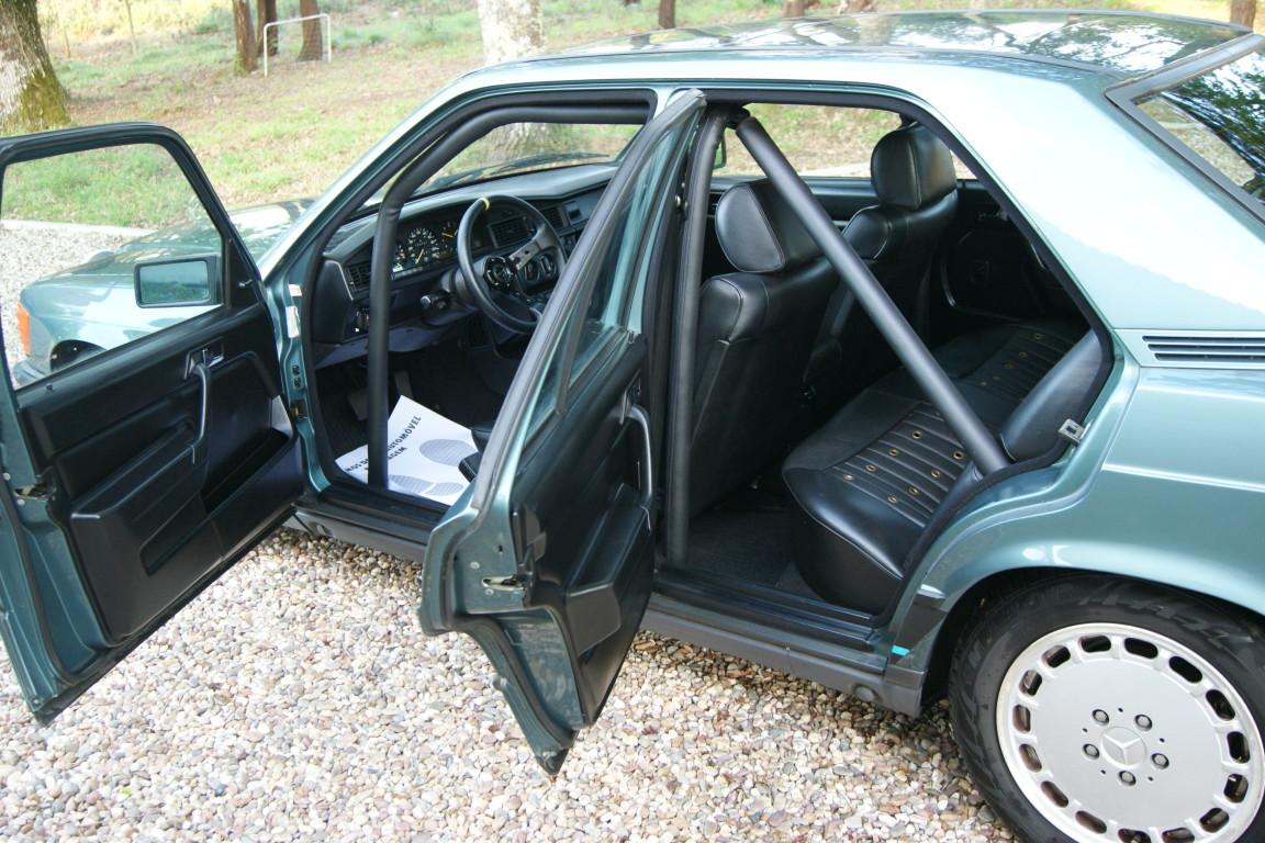 Carro_Usado_Mercedes-Benz_190_E_1984_1997_Gasolina_9.jpg