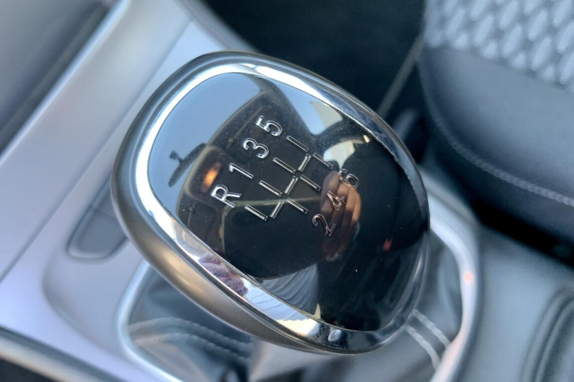 Carro_Usado_Opel_Astra_Sports_Tourer_2017_1598_Diesel_frente_11.5.jpg