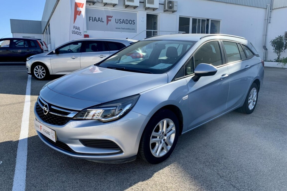 Carro_Usado_Opel_Astra_Sports_Tourer_2017_1598_Diesel_principal.jpg