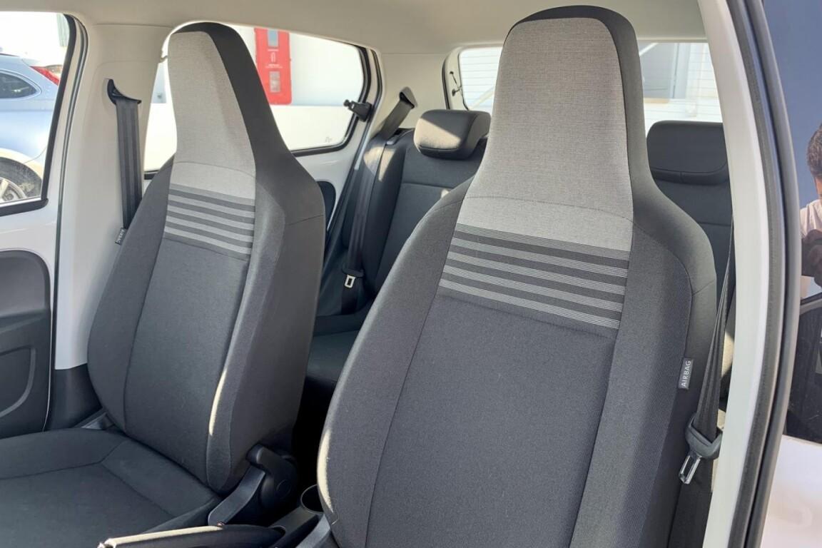 Carro_Usado_Volkswagen_Up!_2017_999_Gasolina_frente_13.jpg