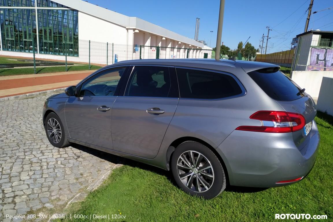Carro_Usado_Peugeot_308_SW_2015_1600_Diesel_12_high.jpg