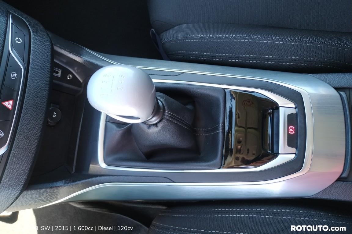 Carro_Usado_Peugeot_308_SW_2015_1600_Diesel_19_high.jpg