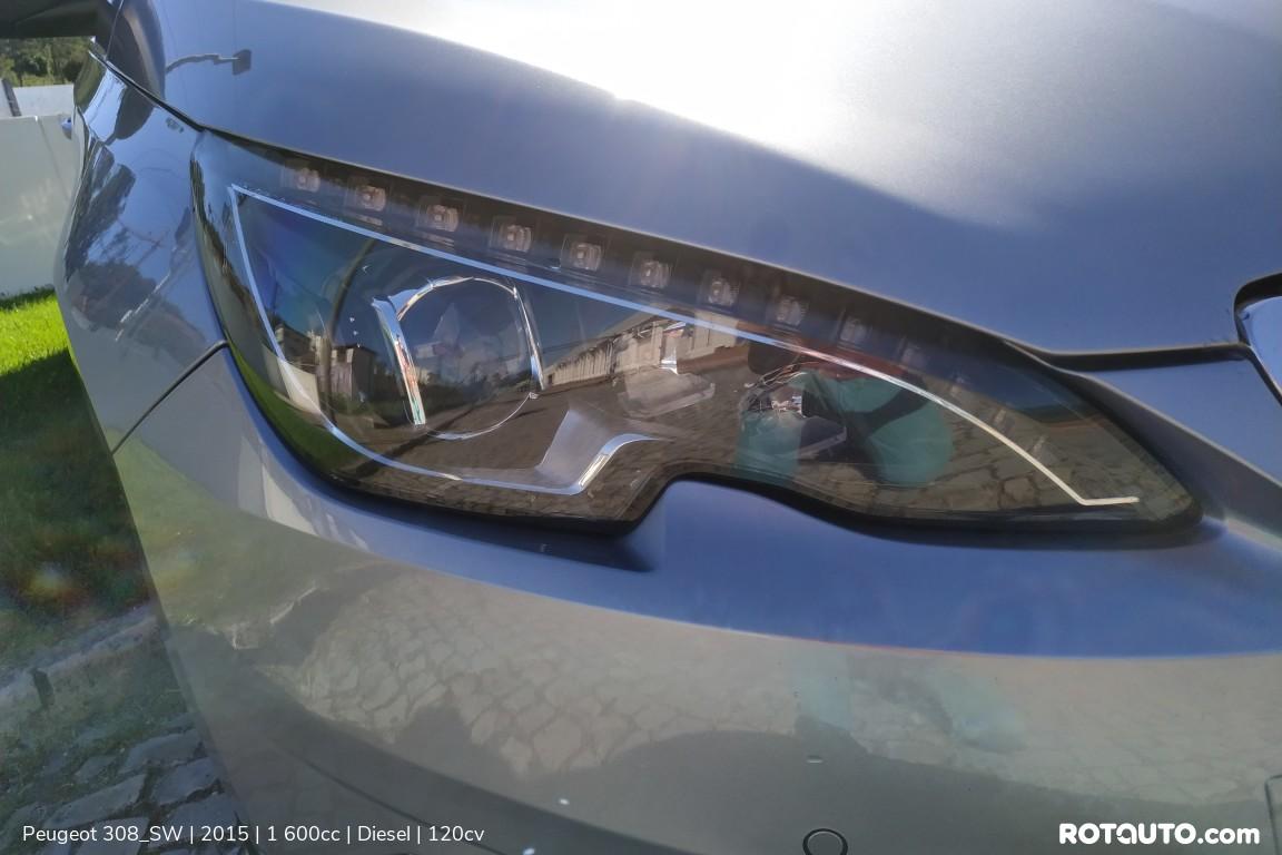 Carro_Usado_Peugeot_308_SW_2015_1600_Diesel_7_high.jpg