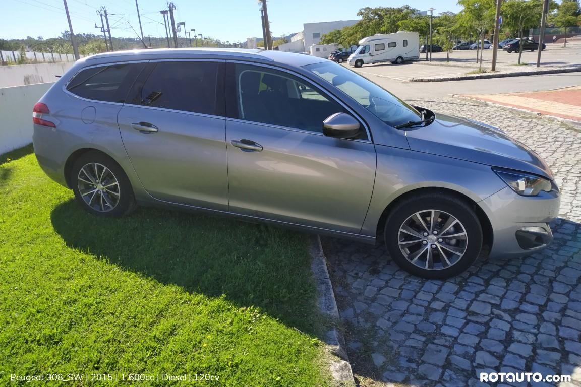 Carro_Usado_Peugeot_308_SW_2015_1600_Diesel_8_high.jpg
