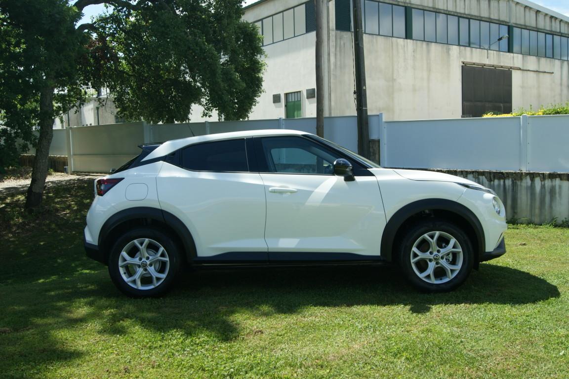 Carro_Semi-novo_Nissan_Juke_2020_999_Gasolina_12.jpg