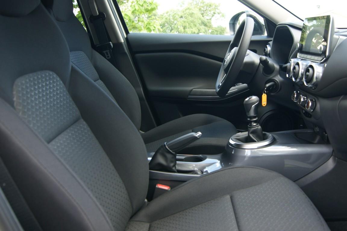 Carro_Semi-novo_Nissan_Juke_2020_999_Gasolina_9.jpg