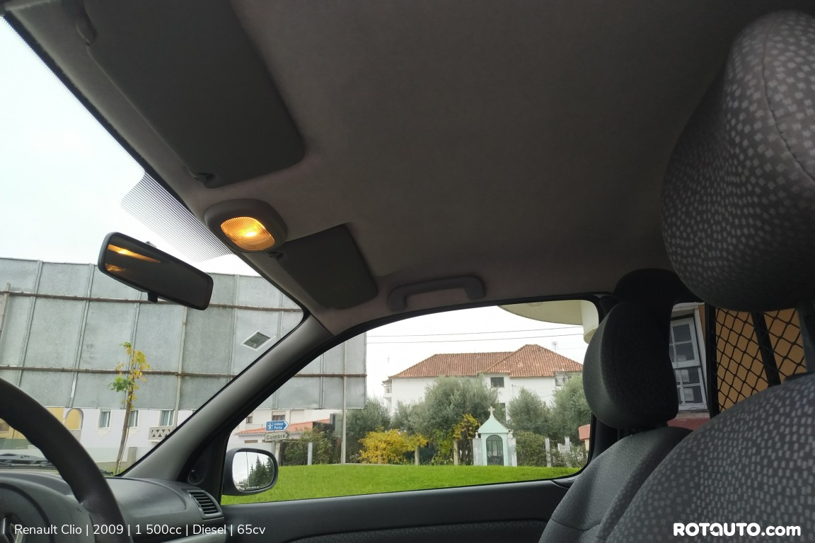 Carro_Usado_Renault_Clio_2009_1500_Diesel_14_high.jpg