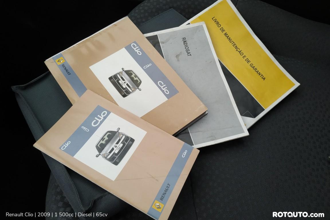 Carro_Usado_Renault_Clio_2009_1500_Diesel_22_high.jpg