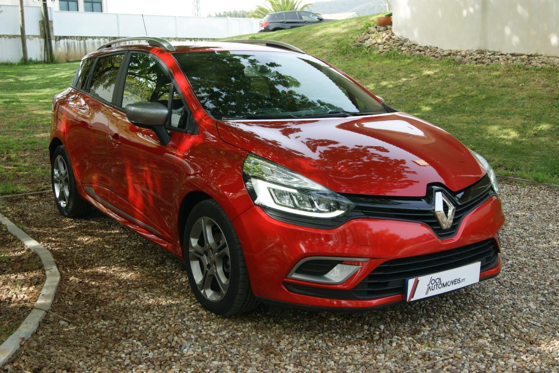Carro_Semi-novo_Renault_Clio_Sport_Tourer_2018_1461_Diesel_11.jpg