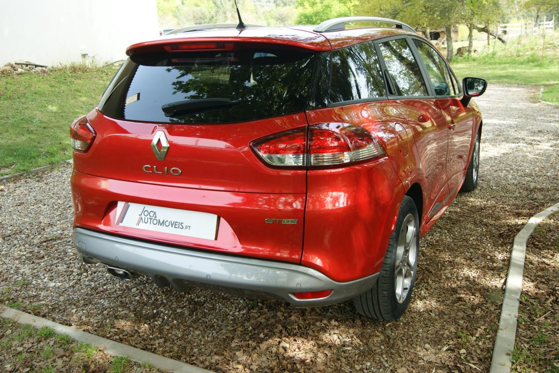 Carro_Semi-novo_Renault_Clio_Sport_Tourer_2018_1461_Diesel_14.jpg