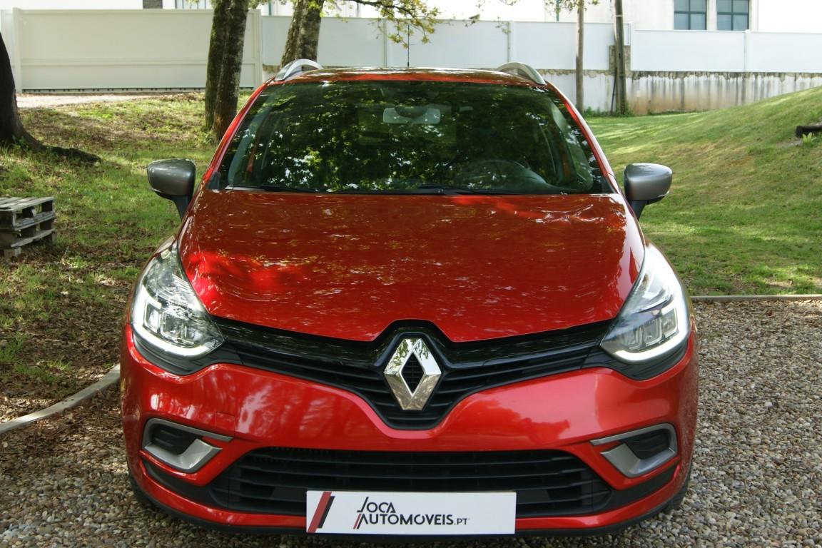 Carro_Semi-novo_Renault_Clio_Sport_Tourer_2018_1461_Diesel_17.jpg