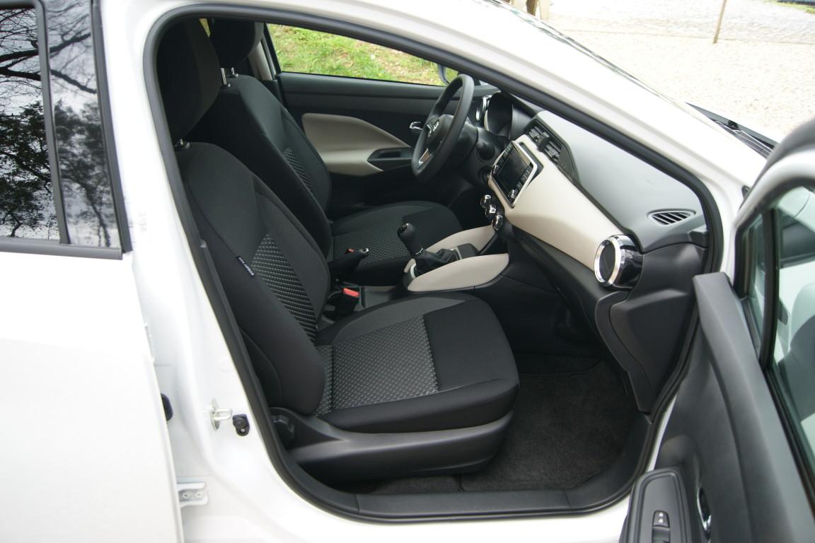Carro_Semi-novo_Nissan_Micra_2019_999_Gasolina_12.jpg