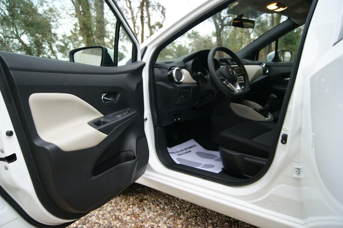 Carro_Semi-novo_Nissan_Micra_2019_999_Gasolina_8.jpg