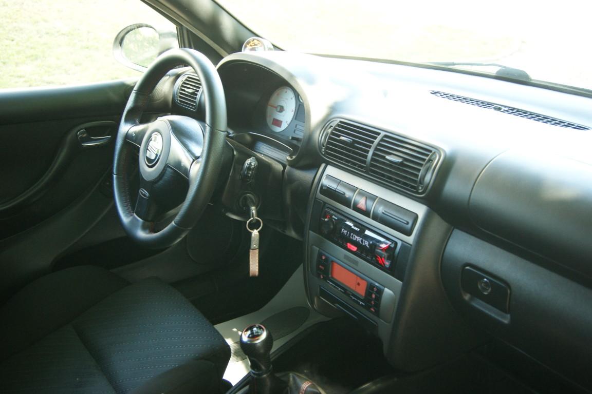 Carro_Usado_Seat_Leon_2003_1896_Diesel_14.jpg