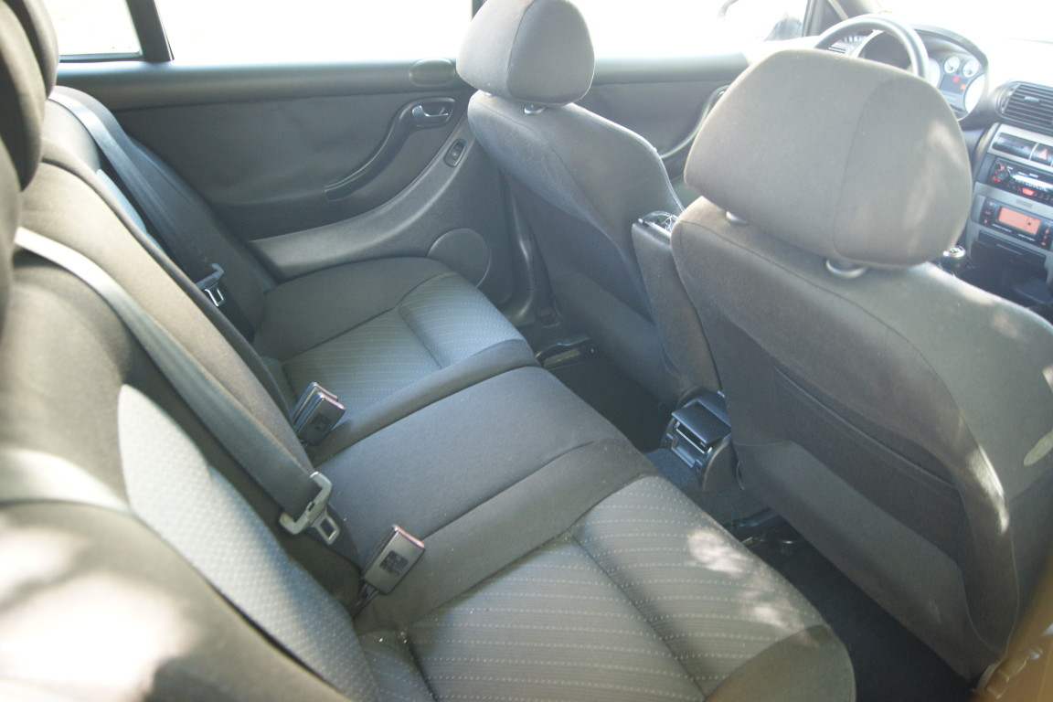 Carro_Usado_Seat_Leon_2003_1896_Diesel_15.jpg