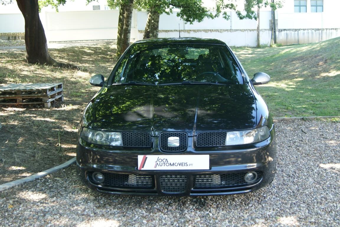 Carro_Usado_Seat_Leon_2003_1896_Diesel_3.jpg