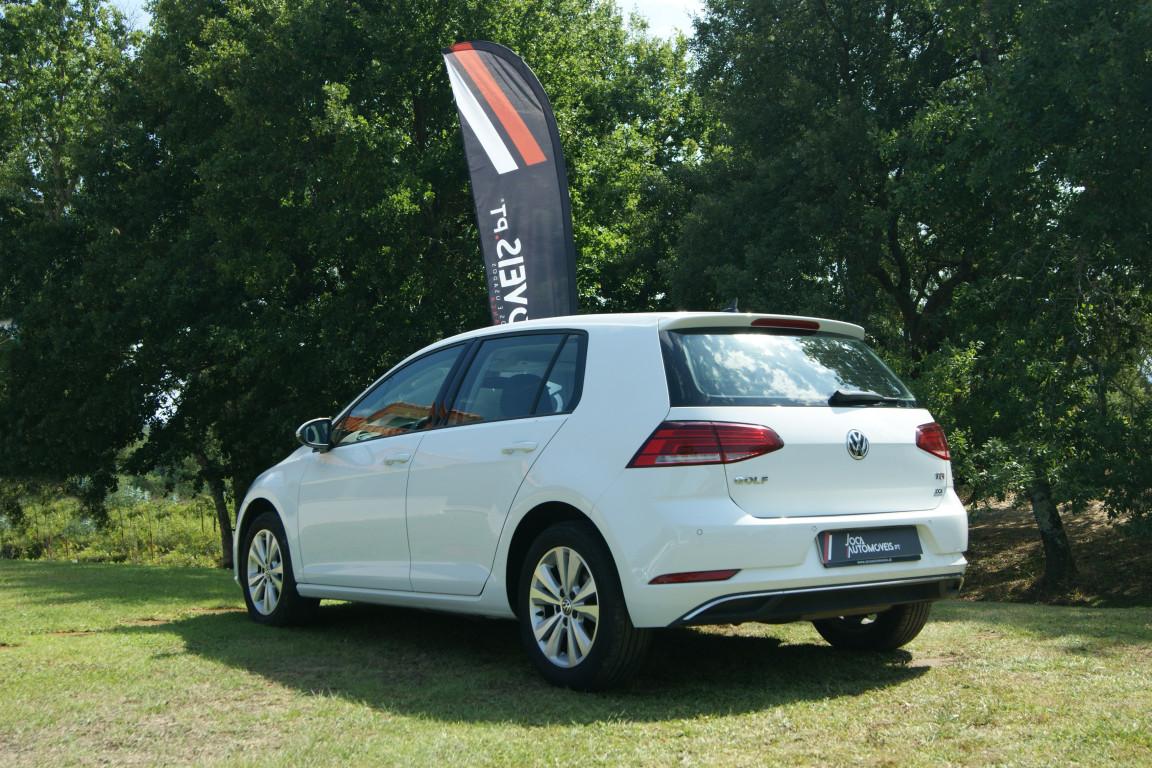 Carro_Usado_Volkswagen_Golf_2017_1598_Diesel_4.jpg