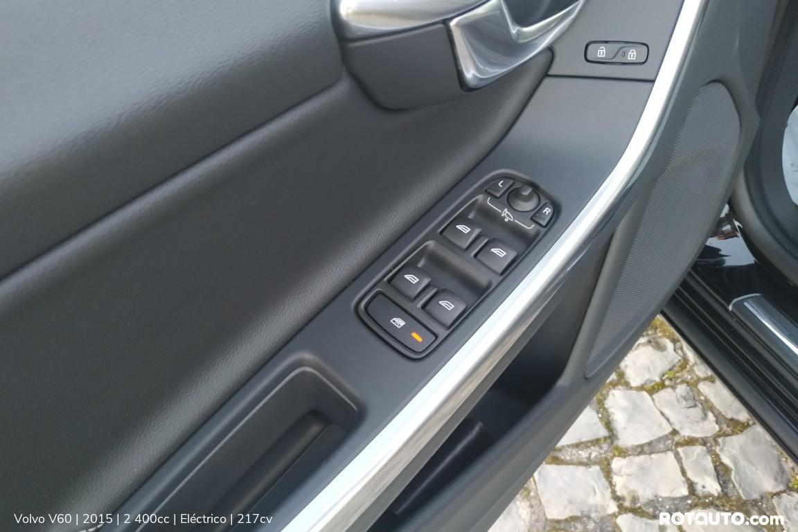 Carro_Usado_Volvo_V60_2015_2400_Electrico_10_high.jpg