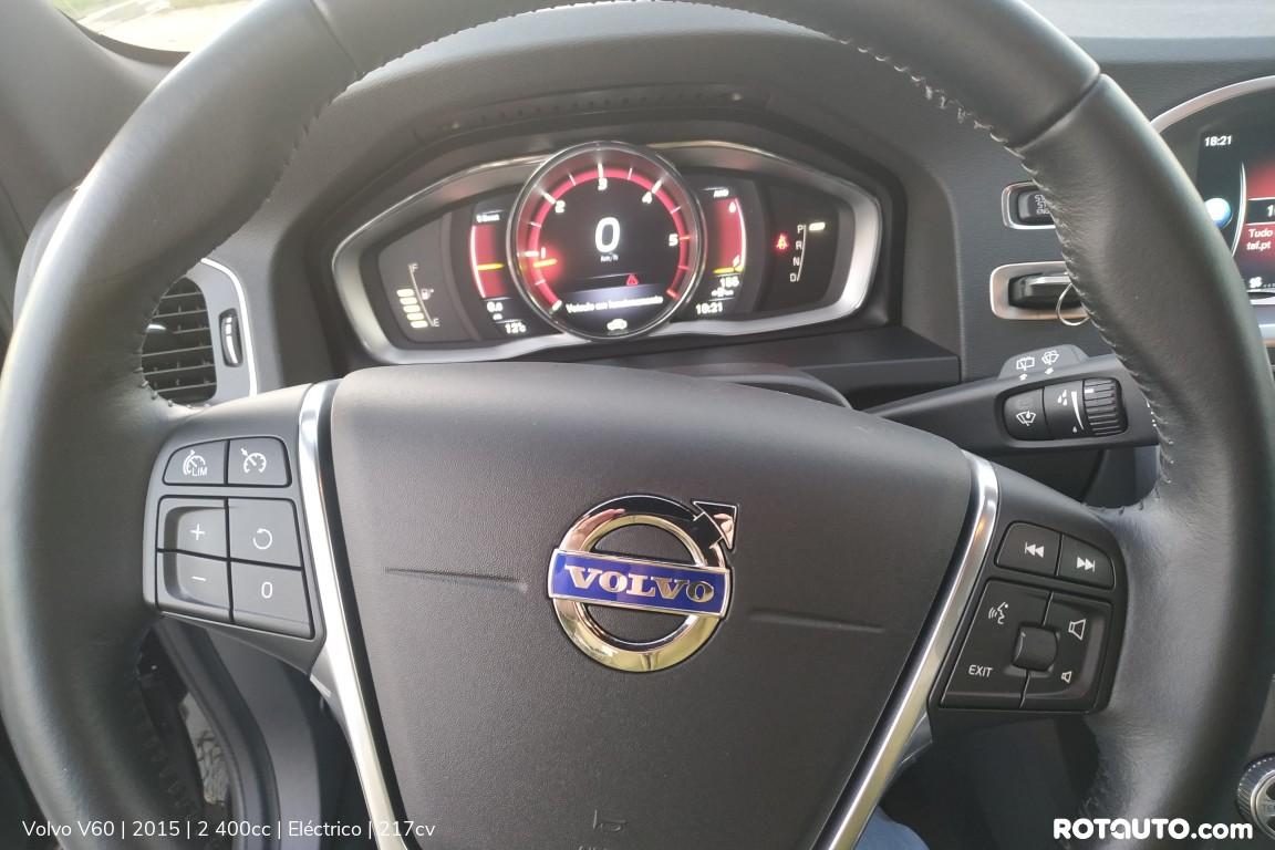 Carro_Usado_Volvo_V60_2015_2400_Electrico_13_high.jpg