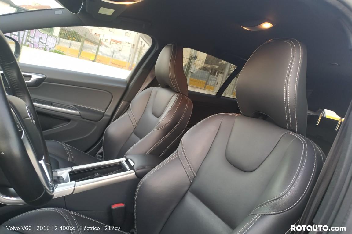 Carro_Usado_Volvo_V60_2015_2400_Electrico_22_high.jpg