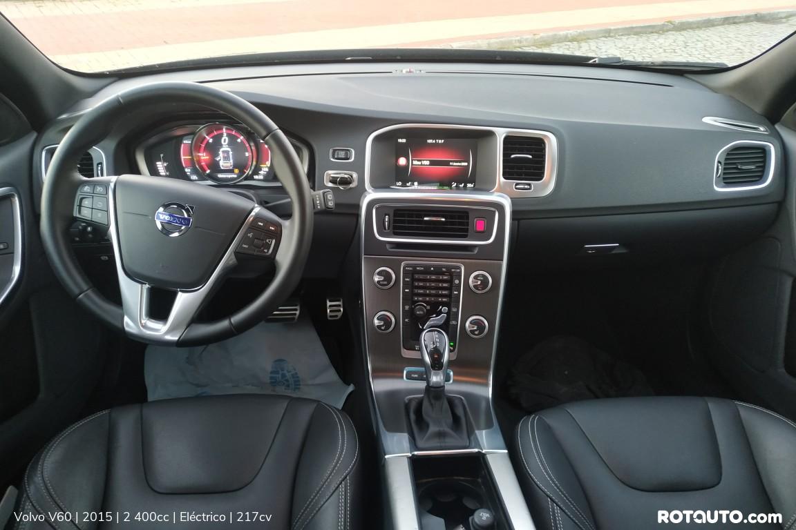 Carro_Usado_Volvo_V60_2015_2400_Electrico_23_high.jpg