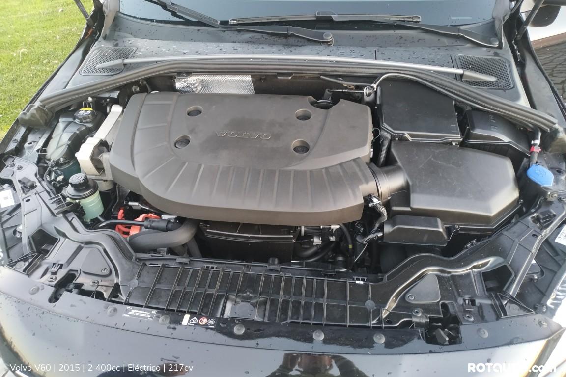 Carro_Usado_Volvo_V60_2015_2400_Electrico_25_high.jpg