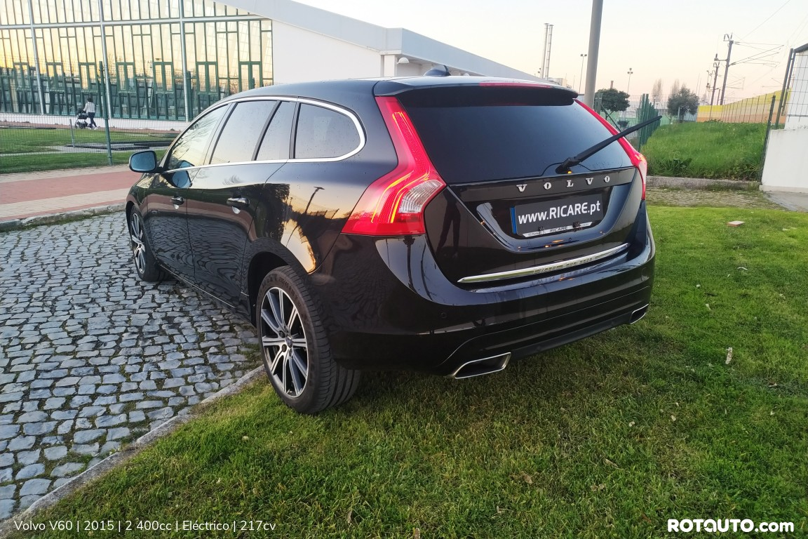 Carro_Usado_Volvo_V60_2015_2400_Electrico_6_high.jpg