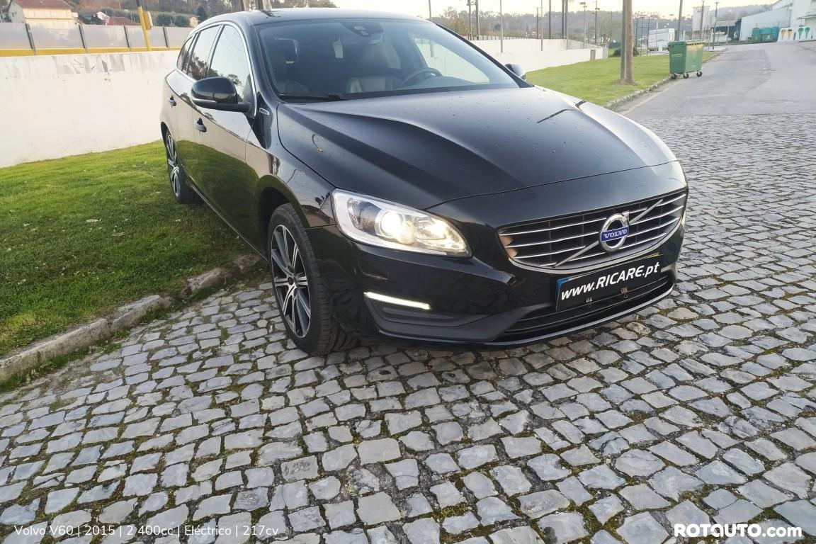 Carro_Usado_Volvo_V60_2015_2400_Electrico_high.jpg