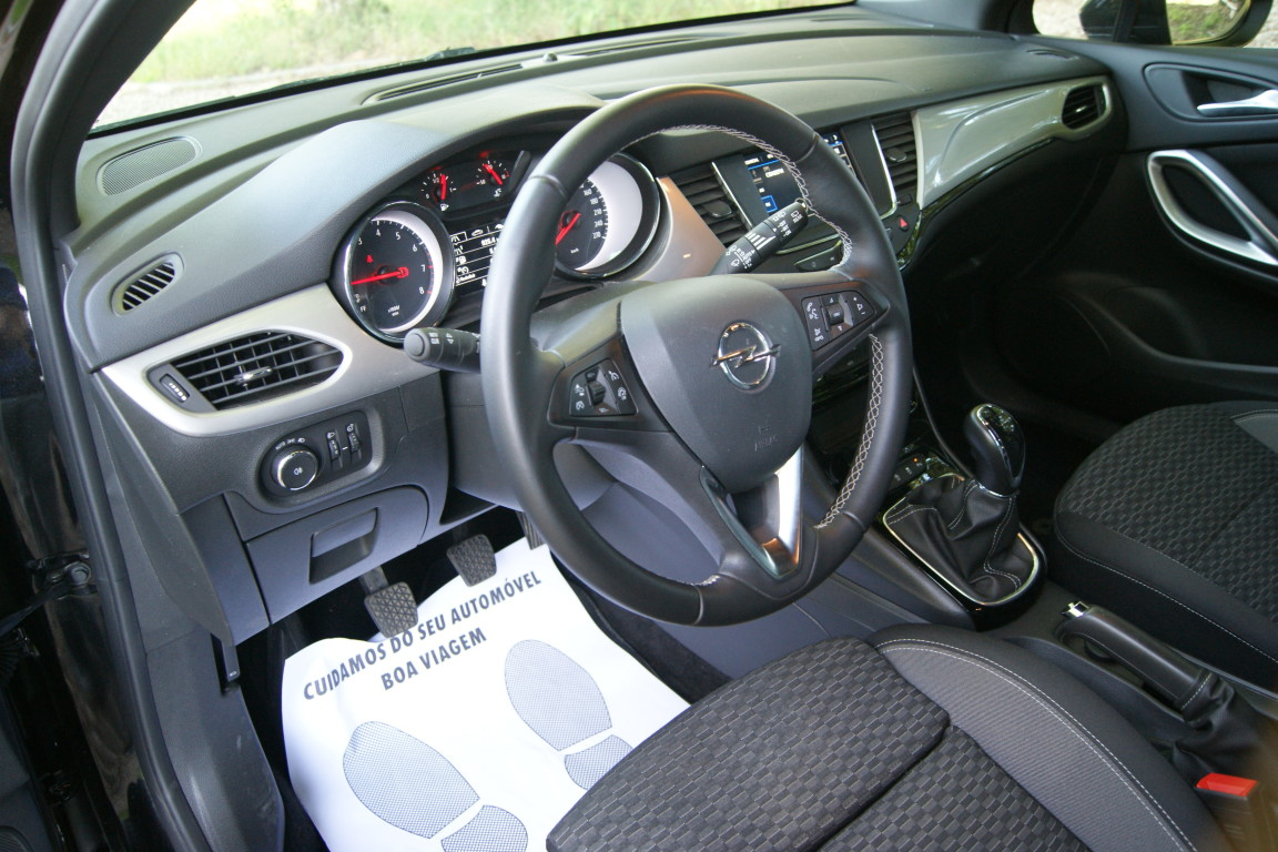 Carro_Semi-novo_Opel_Astra_2020_1199_Gasolina_10.jpg