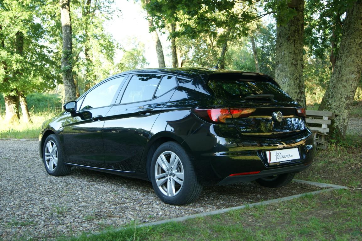 Carro_Semi-novo_Opel_Astra_2020_1199_Gasolina_7.jpg